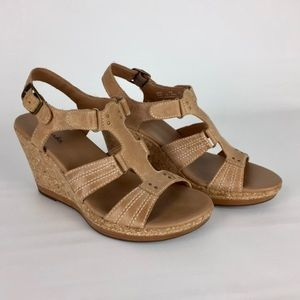 Clarks Nude Beige Wedge Cork T Strap Sandals 8
